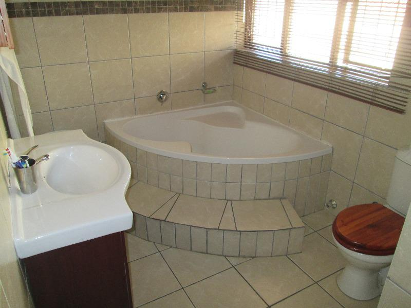 Property For Sale in Bellville, Bellville 14