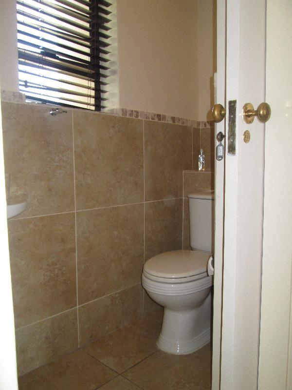 Property For Sale in Rosendal, Bellville 21