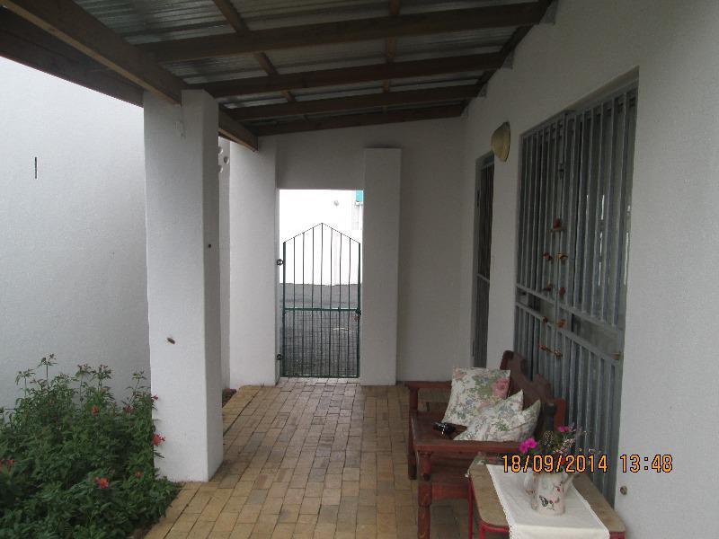 Property For Sale in De La Haye, Bellville 5