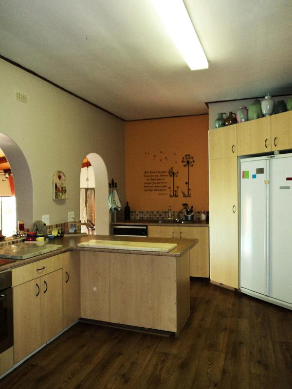 Property For Sale in La Rochelle, Bellville 10