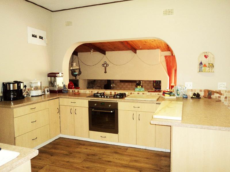House For Sale in La Rochelle, Bellville