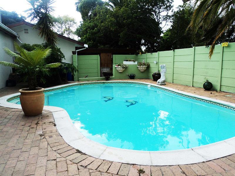 Property For Sale in La Rochelle, Bellville 22
