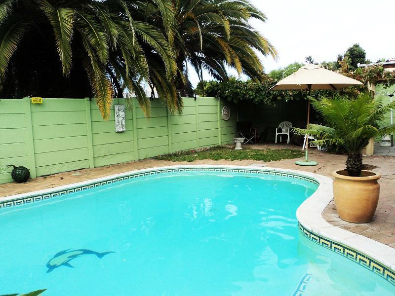 Property For Sale in La Rochelle, Bellville 23