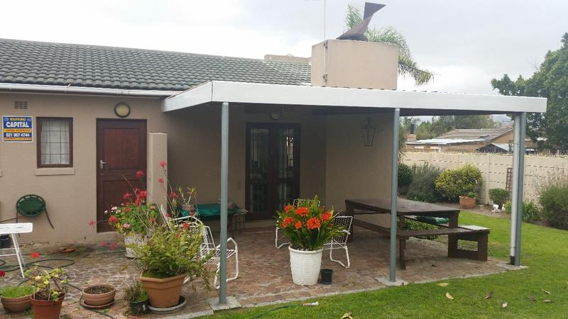 Property For Sale in Oakglen, Bellville 25
