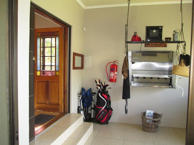 Property For Sale in Vierlanden, Durbanville 14