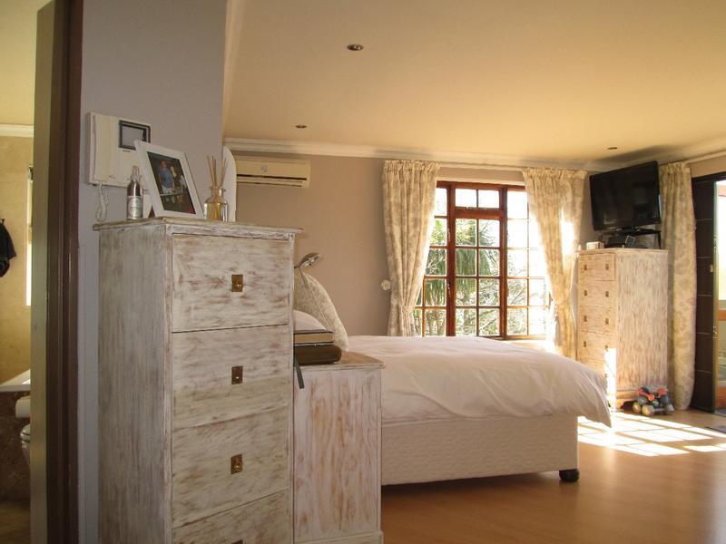 Property For Sale in Vierlanden, Durbanville 18