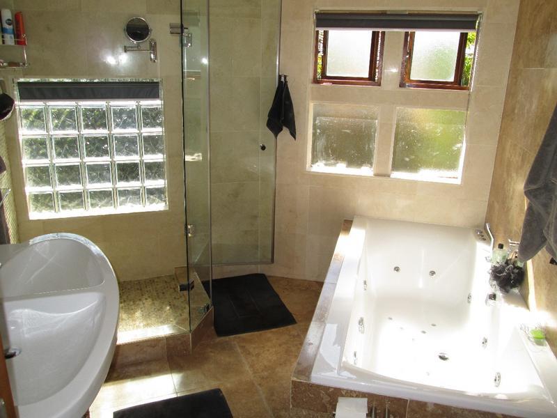 Property For Sale in Vierlanden, Durbanville 19