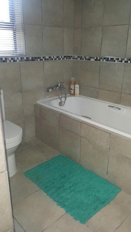 Property For Sale in La Rochelle, Bellville 29