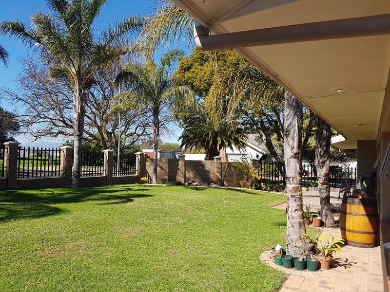 Property For Sale in Blomtuin, Bellville 4