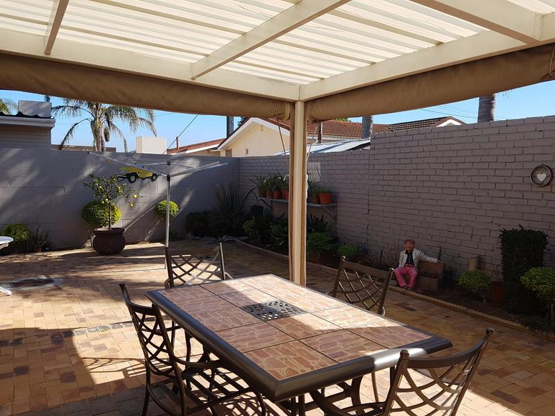 Property For Sale in Blomtuin, Bellville 25