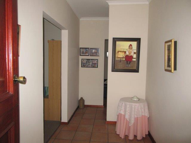 Property For Sale in Amandelrug, Kuilsriver 4