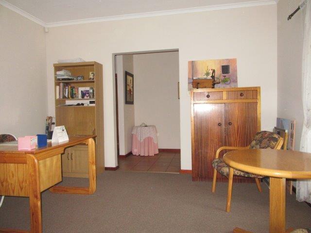 Property For Sale in Amandelrug, Kuilsriver 6