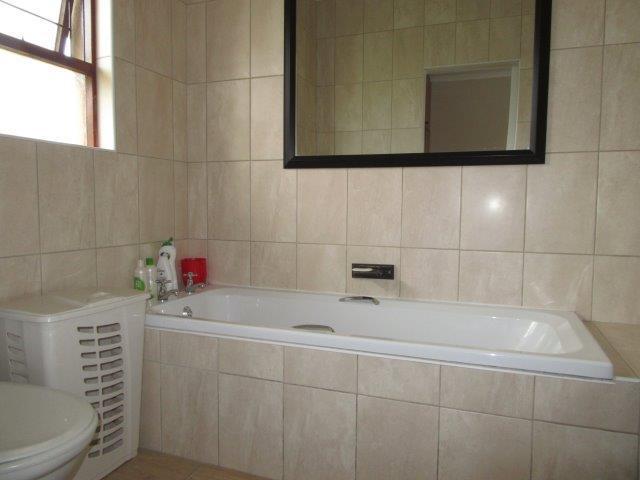 Property For Sale in Amandelrug, Kuilsriver 18