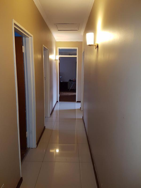 Property For Sale in La Rochelle, Bellville 4
