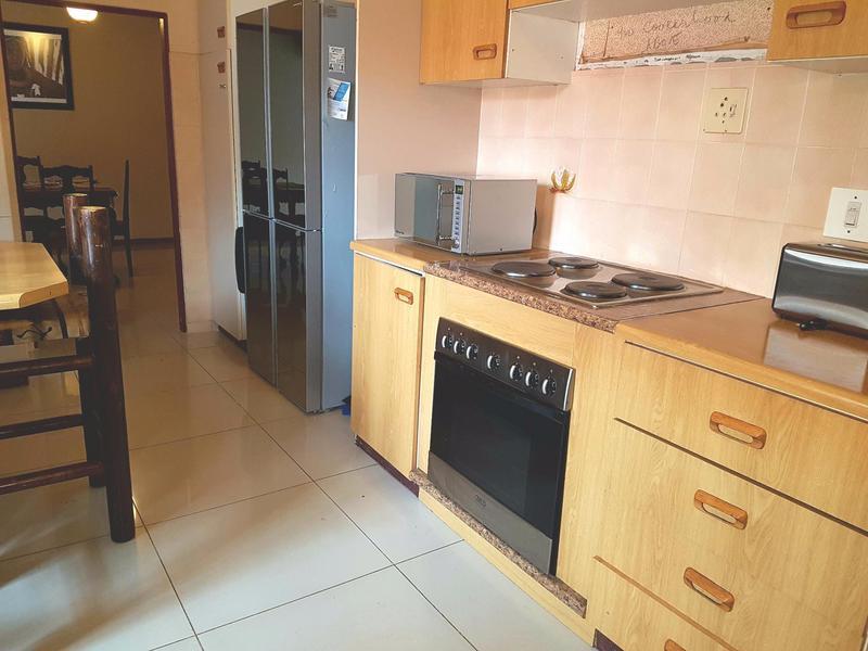 Property For Sale in La Rochelle, Bellville 7