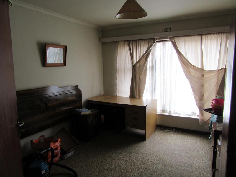 House For Sale in Peerless Park West, Kraaifontein