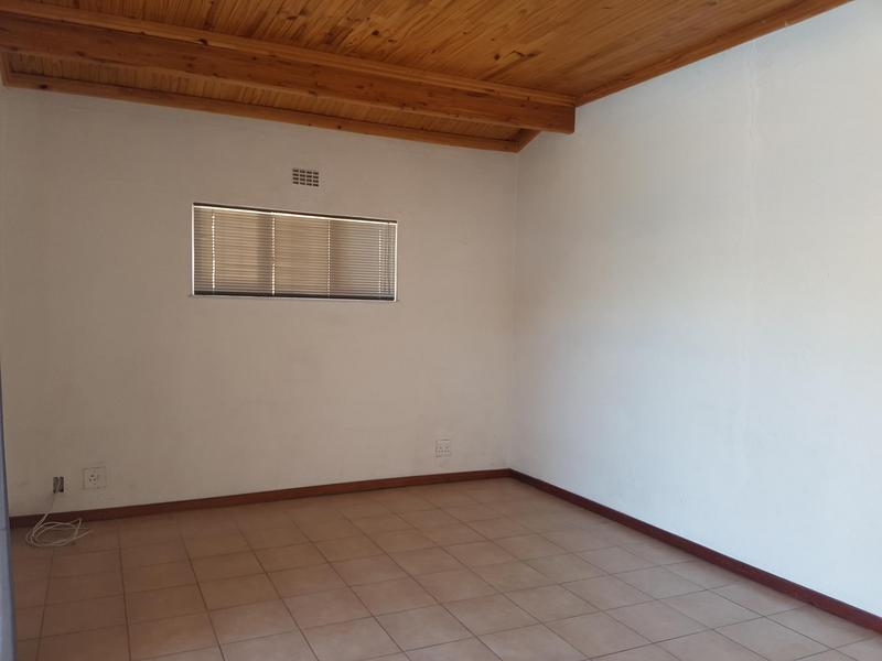 Property For Sale in Labiance, Bellville 11