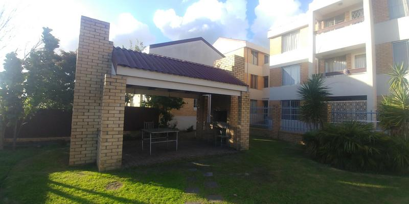 Property For Sale in Parow, Parow 11