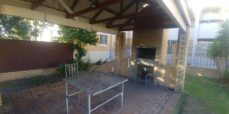 Property For Sale in Parow, Parow 12