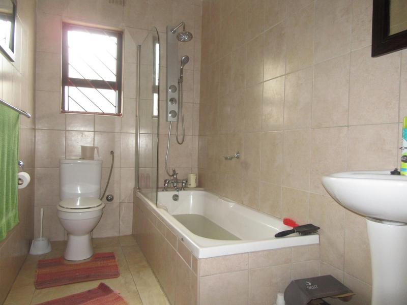 Property For Sale in Soneike, Kuilsriver 14