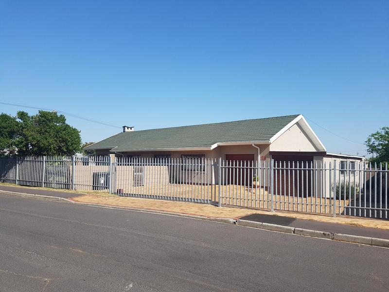 Property For Sale in Chrismar, Bellville 2