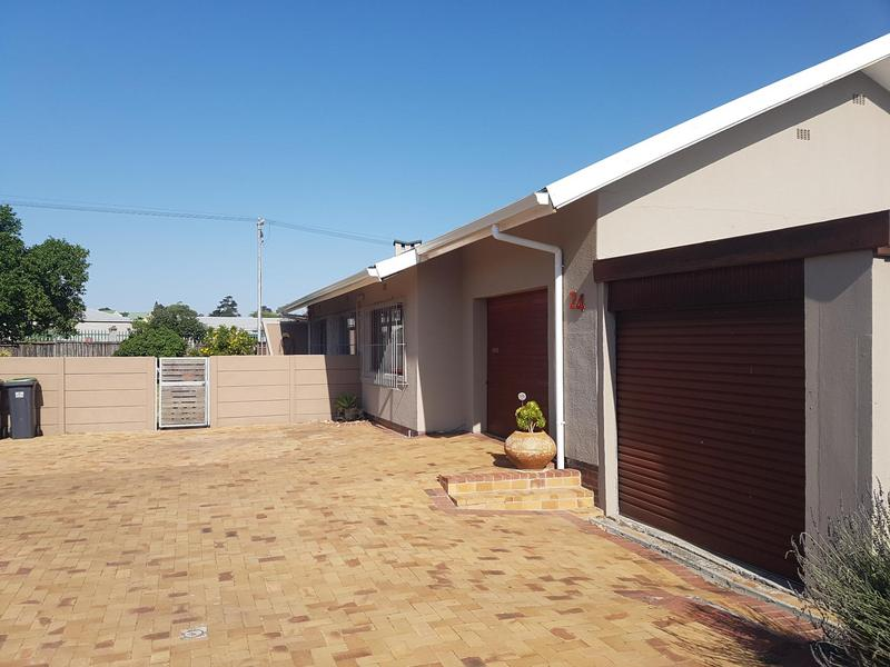 Property For Sale in Chrismar, Bellville 6