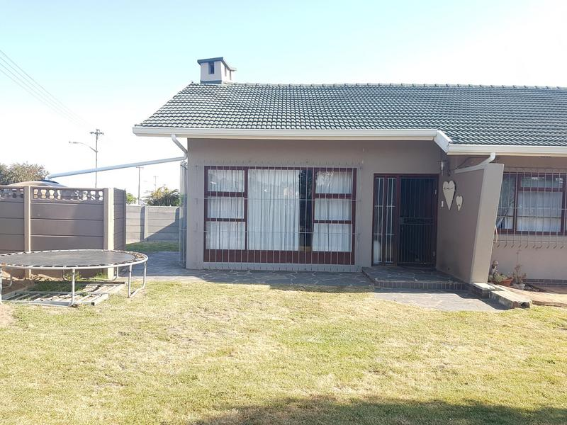 Property For Sale in Chrismar, Bellville 29