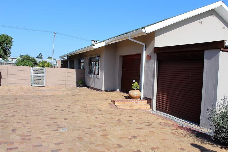 Property For Sale in Chrismar, Bellville 32