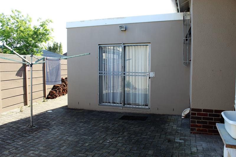 Property For Sale in Chrismar, Bellville 33