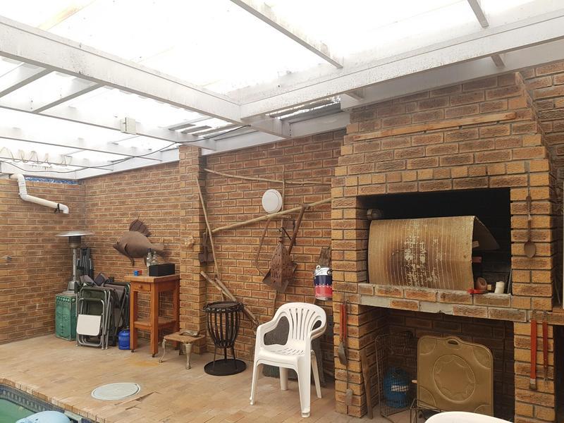 Property For Sale in Chrismar, Bellville 6