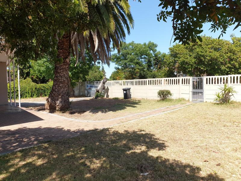 Property For Sale in De La Haye, Bellville 7