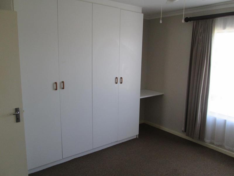 Property For Sale in Sonstraal Heights, Durbanville 12