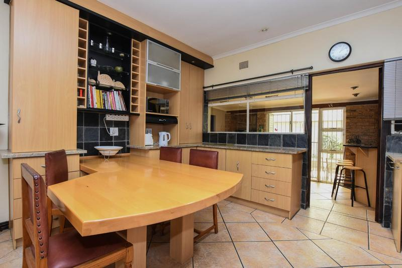 Property For Sale in Blomtuin, Bellville 15