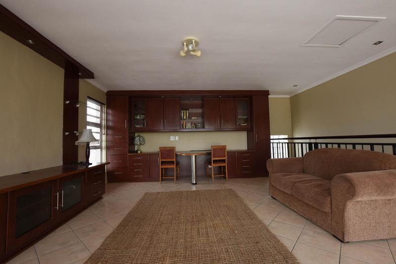 Property For Sale in Blomtuin, Bellville 36