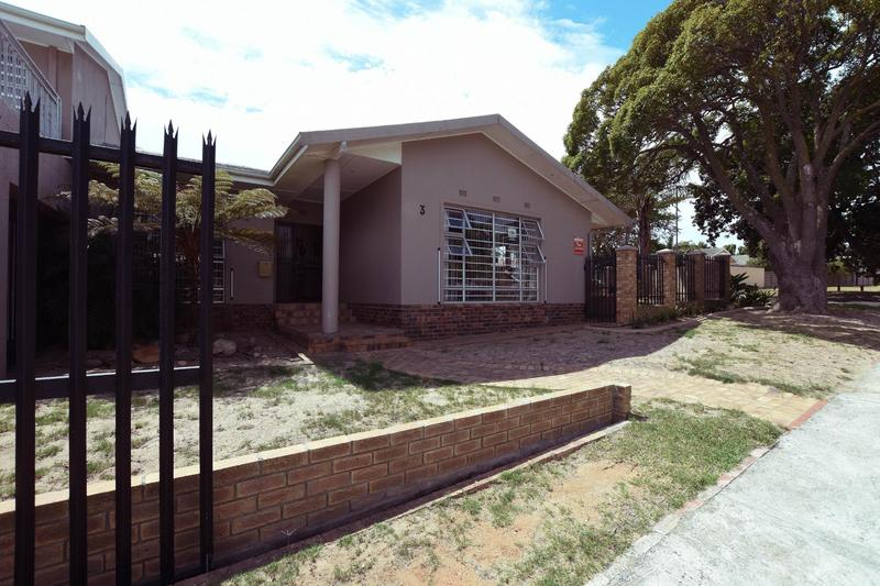 Property For Sale in Blomtuin, Bellville 47