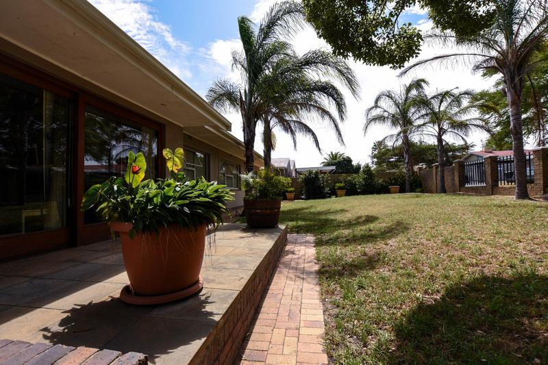 Property For Sale in Blomtuin, Bellville 53