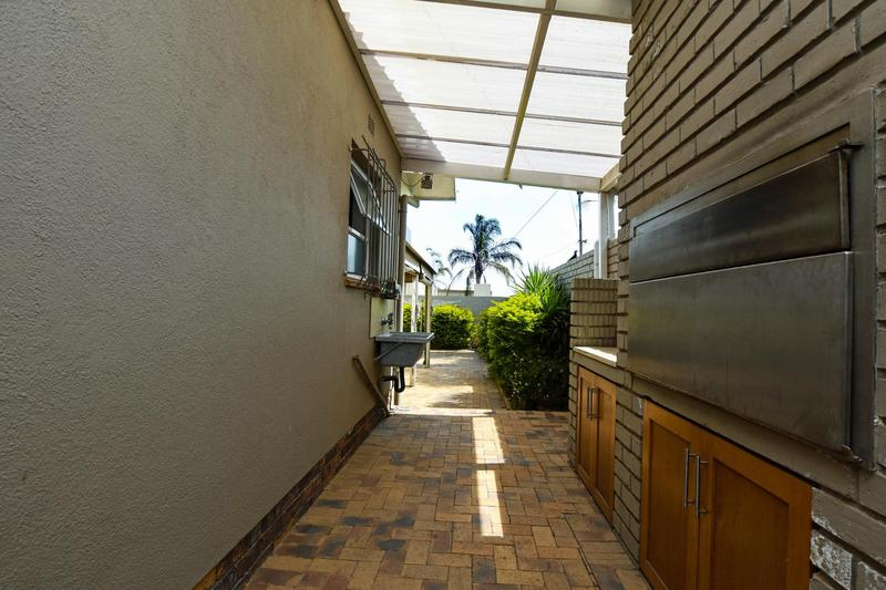 Property For Sale in Blomtuin, Bellville 54