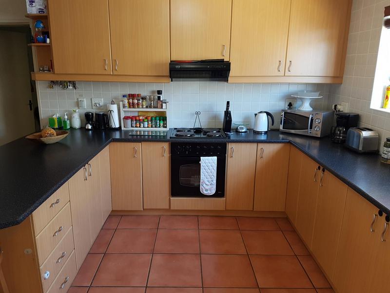 House For Sale in Brackenfell, Brackenfell