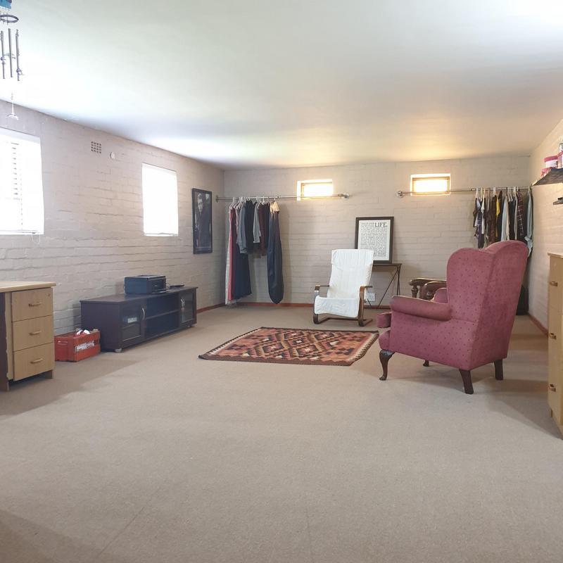 Property For Sale in Blommendal, Bellville 32