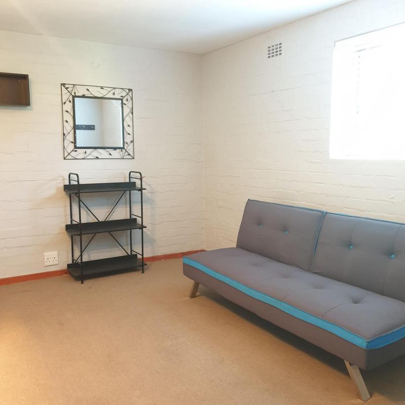Property For Sale in Blommendal, Bellville 34