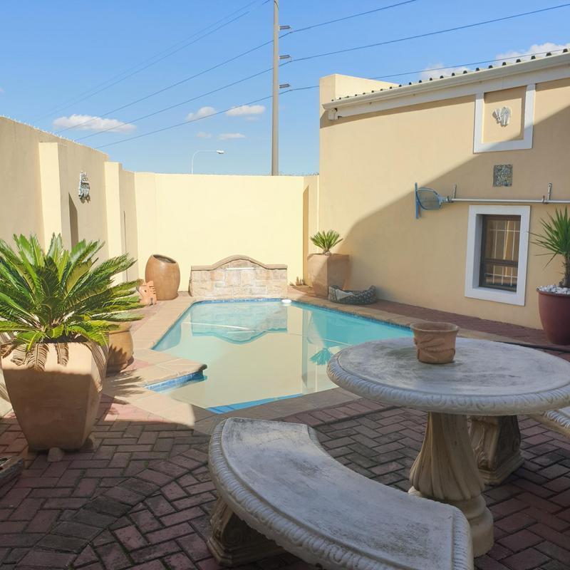 Property For Sale in Blommendal, Bellville 41