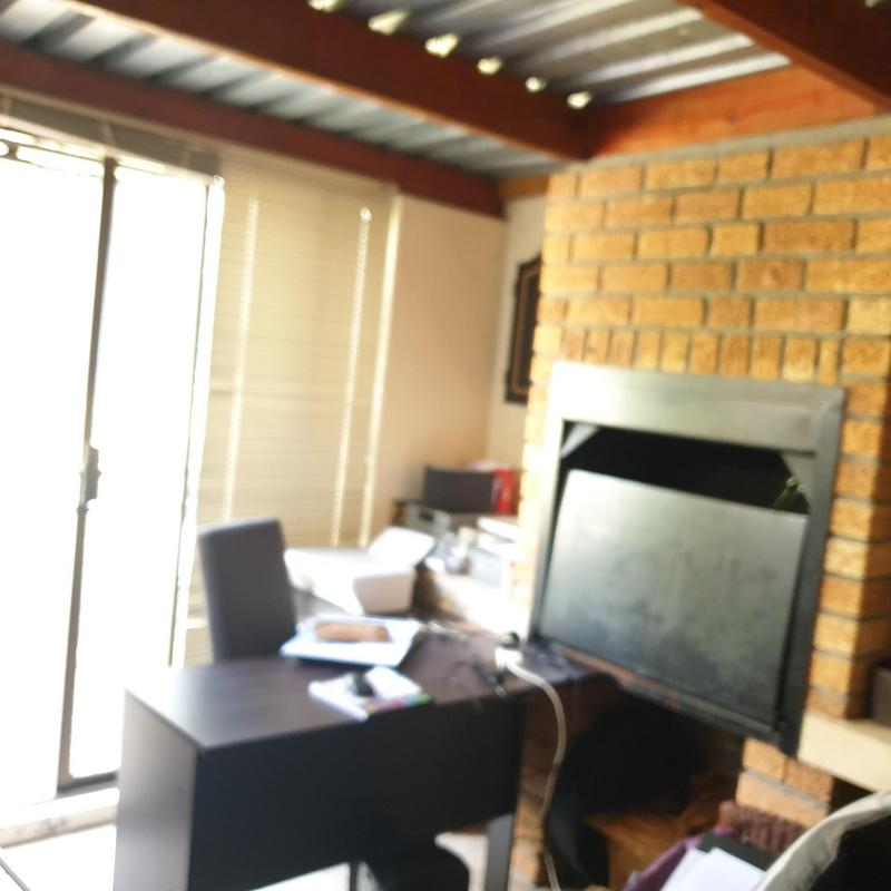 Property For Rent in Stellenberg, Cape Town 18