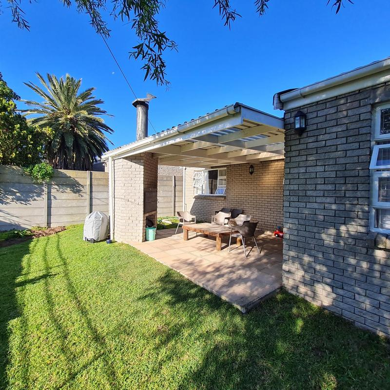 Property For Sale in Goedemoed, Durbanville 33